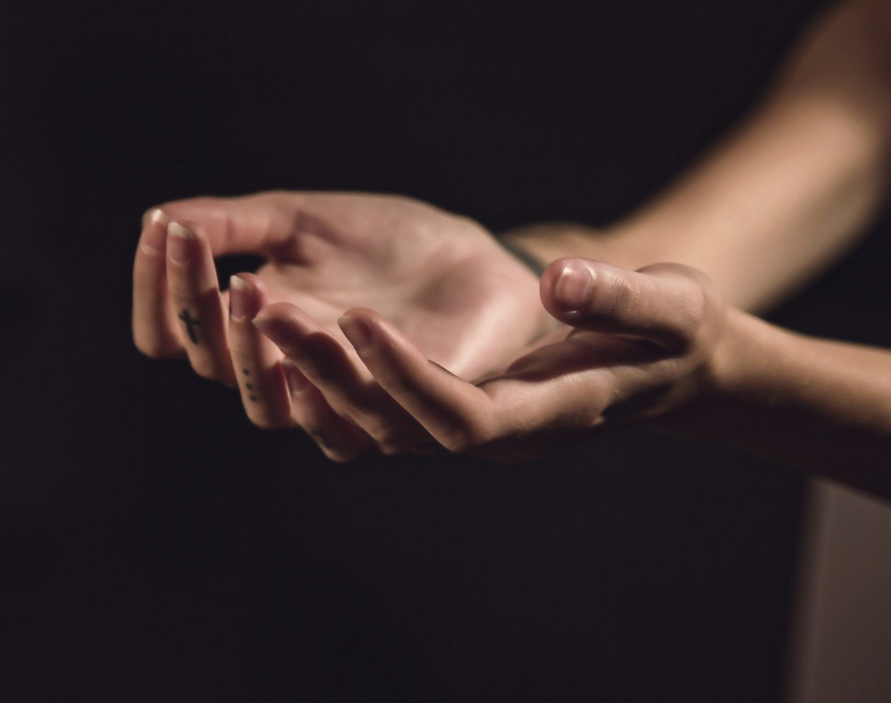 Can Shaky Trembling Hands Mean Multiple Sclerosis?