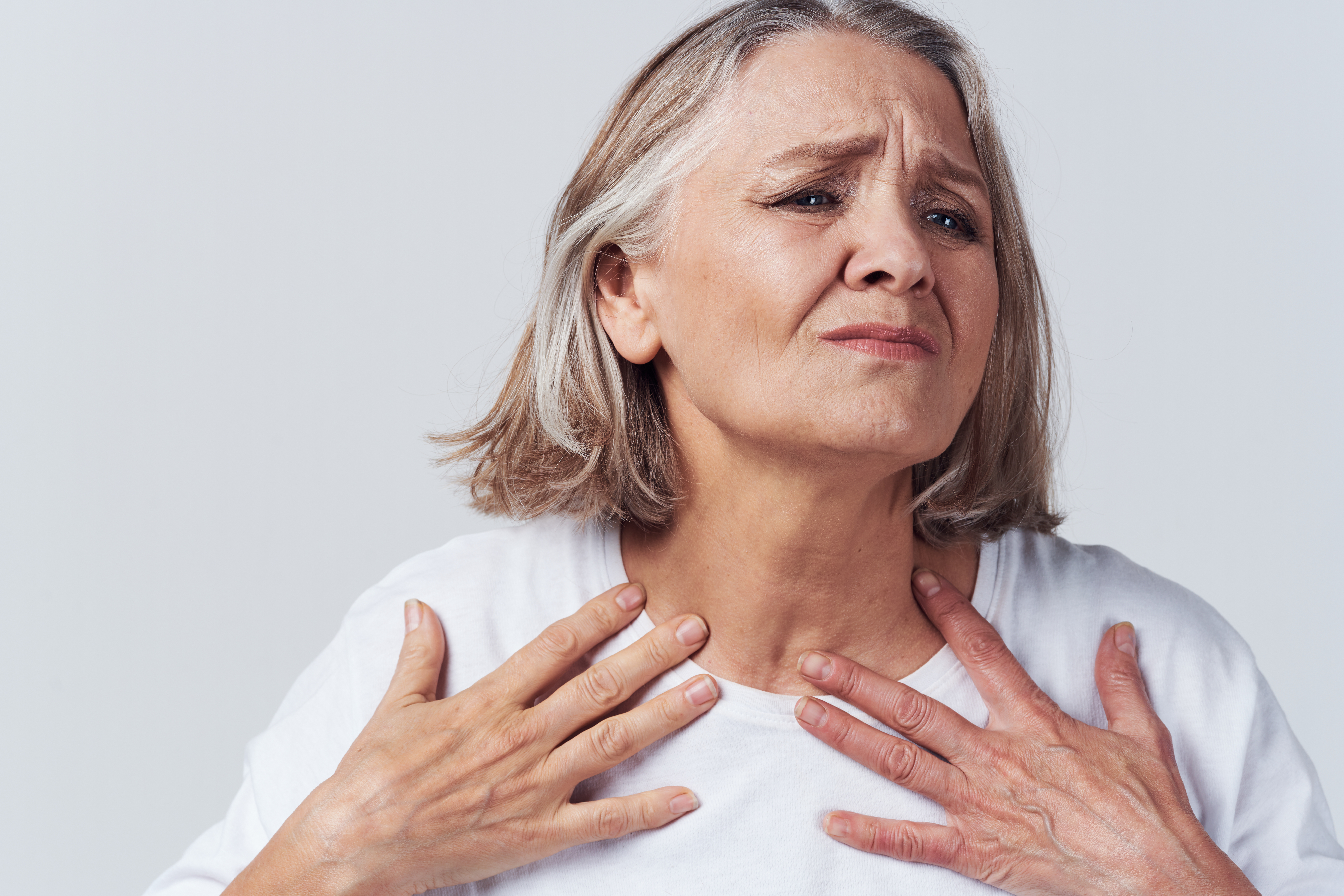 Chest Pain, Swallowing Hurts: Heart Attack or Esophagus Spasm?