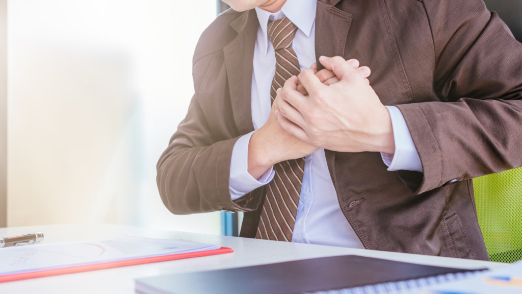 Left Side Chest Pain When Exhaling Possible Causes