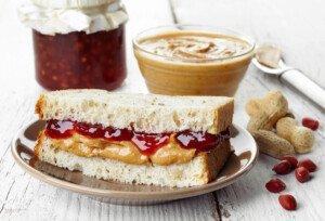 Is Oscar Mayer Bologna Really Healthier than PB & J Sandwich?