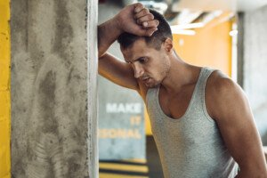 Does Bad Headache from Lifting Weights Mean an Aneurysm?