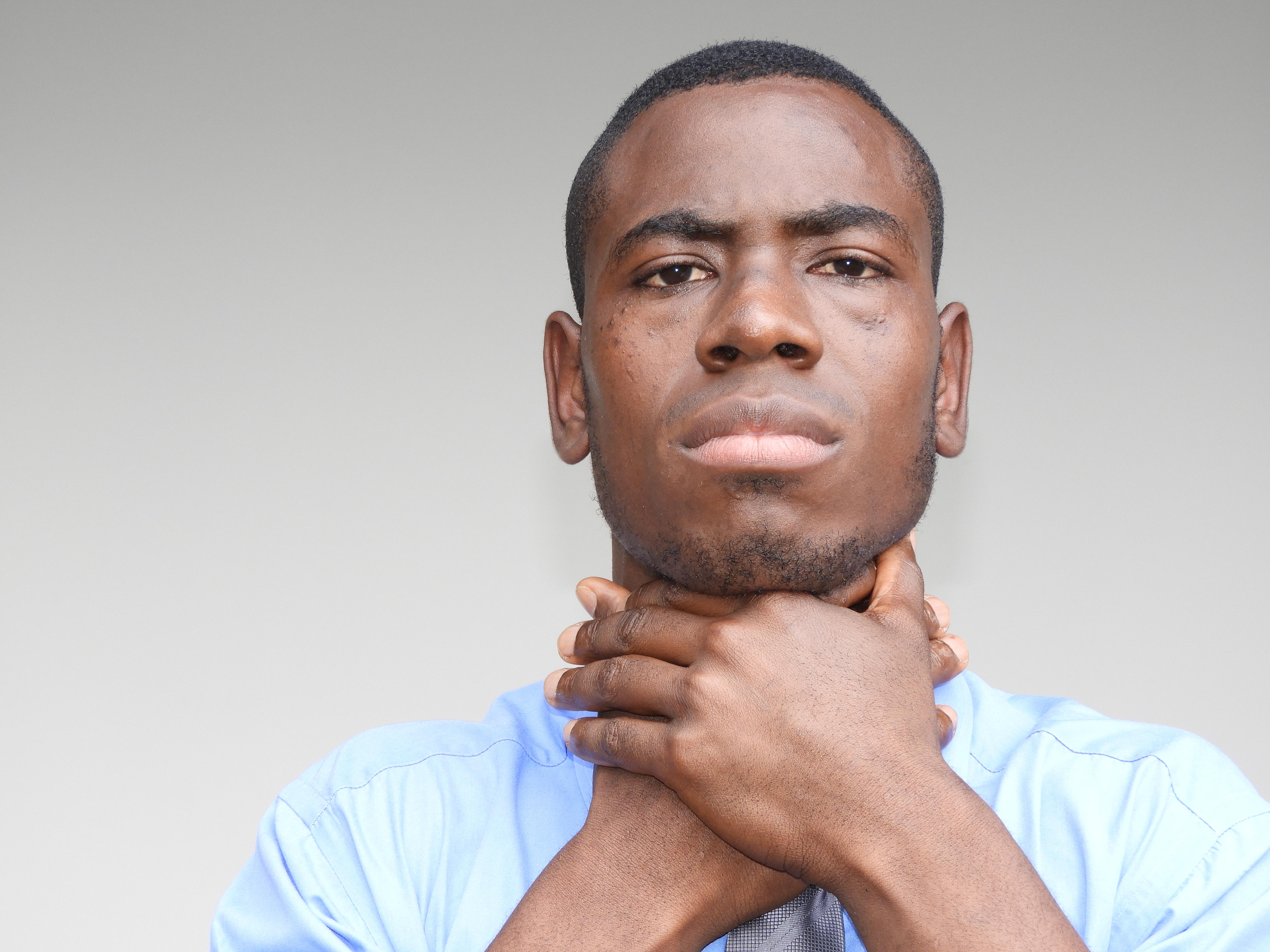 LPR vs. Laryngeal Cancer Throat Symptom Comparison