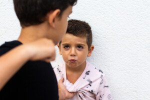 Child Bullying Younger Sibling: How Mom Should NEVER Respond