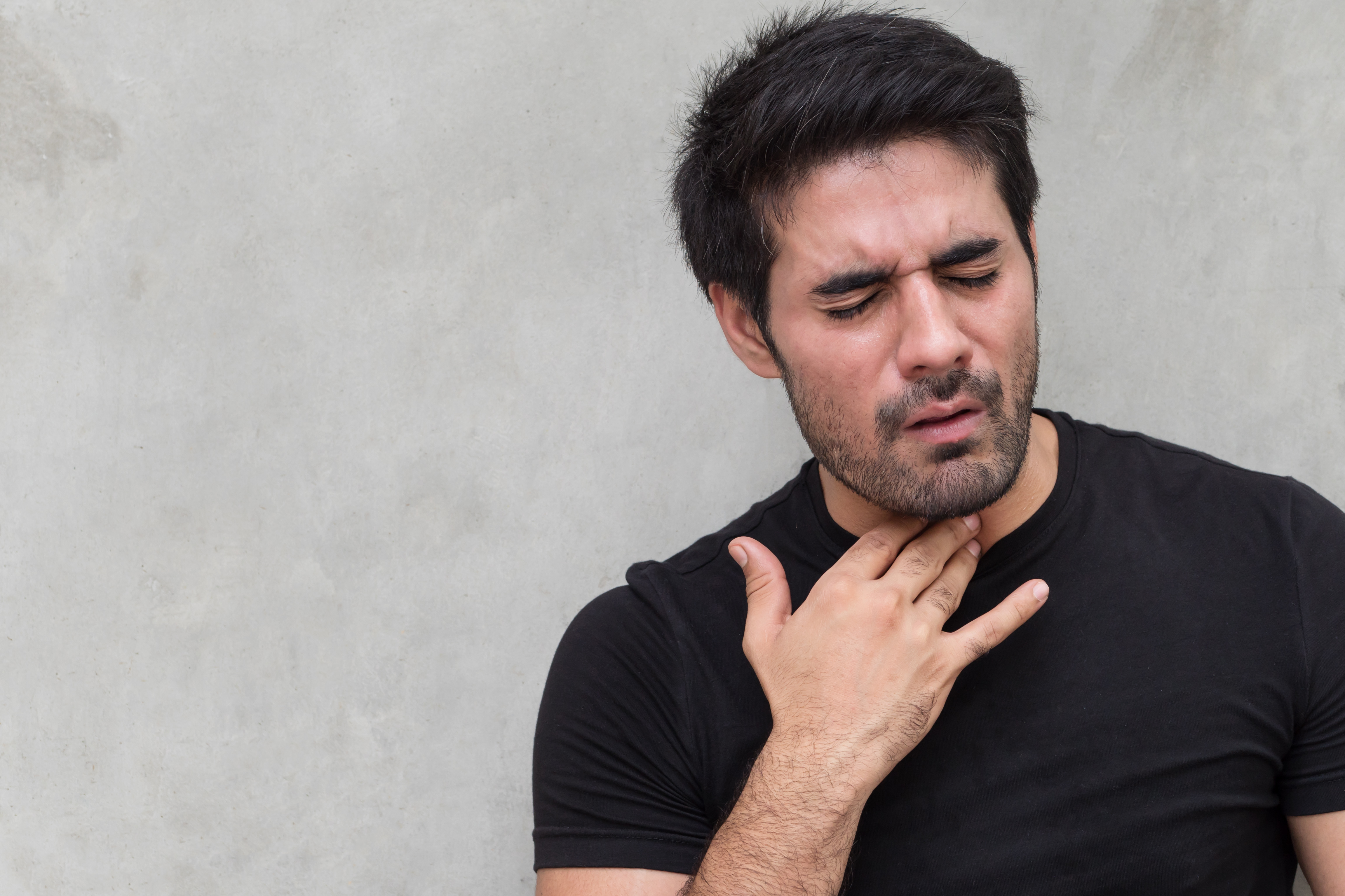 How Does GERD Cause a Trapped Food Feeling in Throat?