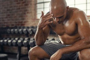 Ringing in Ears During Weightlifting: Causes & Solutions