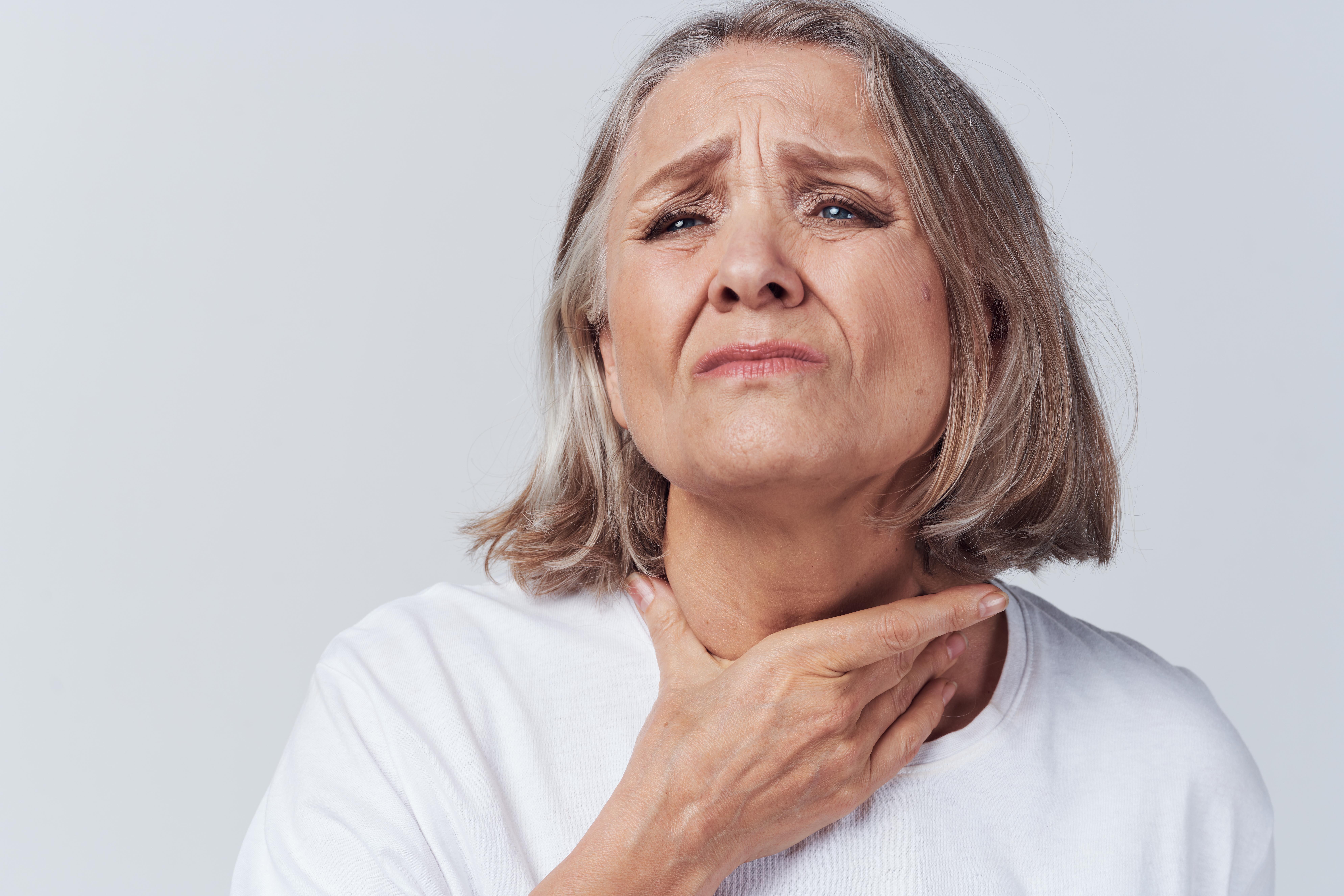 Bulbar Onset Symptoms vs. Laryngeal Cancer: Symptom Comparison