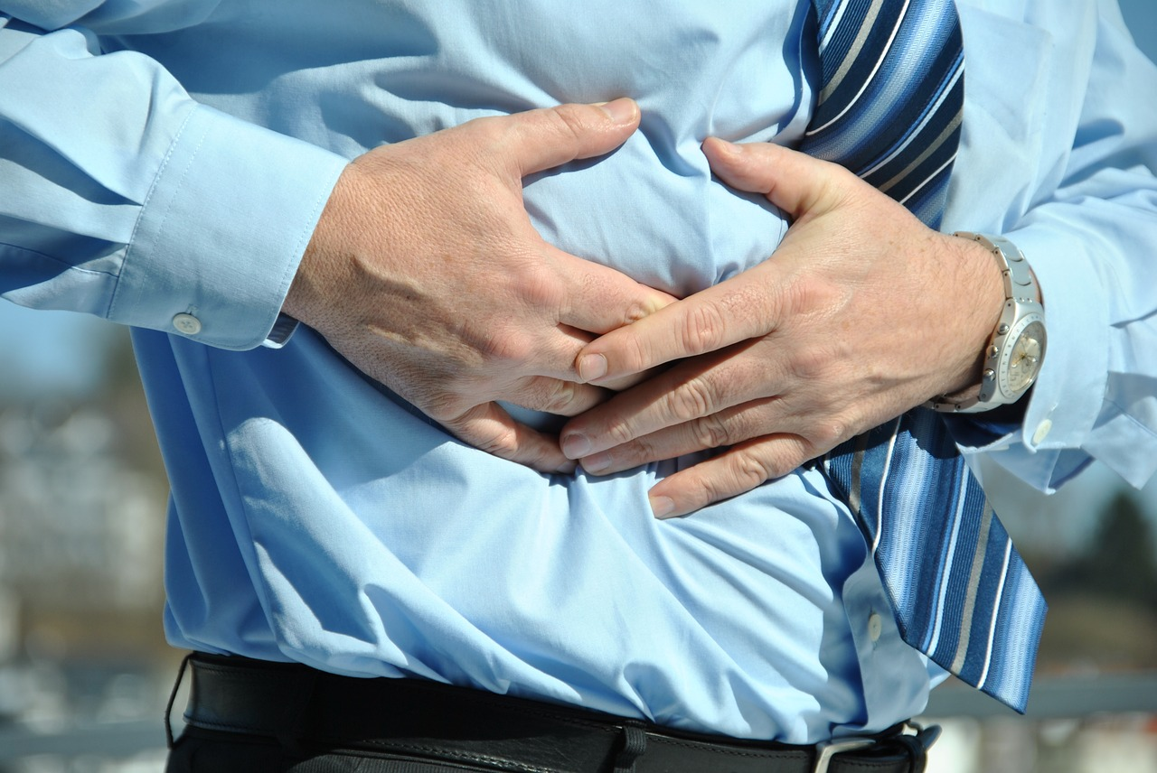 Right Side Pain after Gallbladder Surgery: Causes