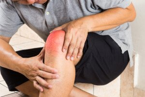 Can a Knee Injury Cause a Tumor?