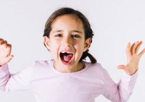 5 Ways to Stop Screaming Kids in a Power Struggle