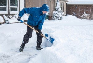 Does Shoveling Snow Count As Exercise & If So What Kind ?