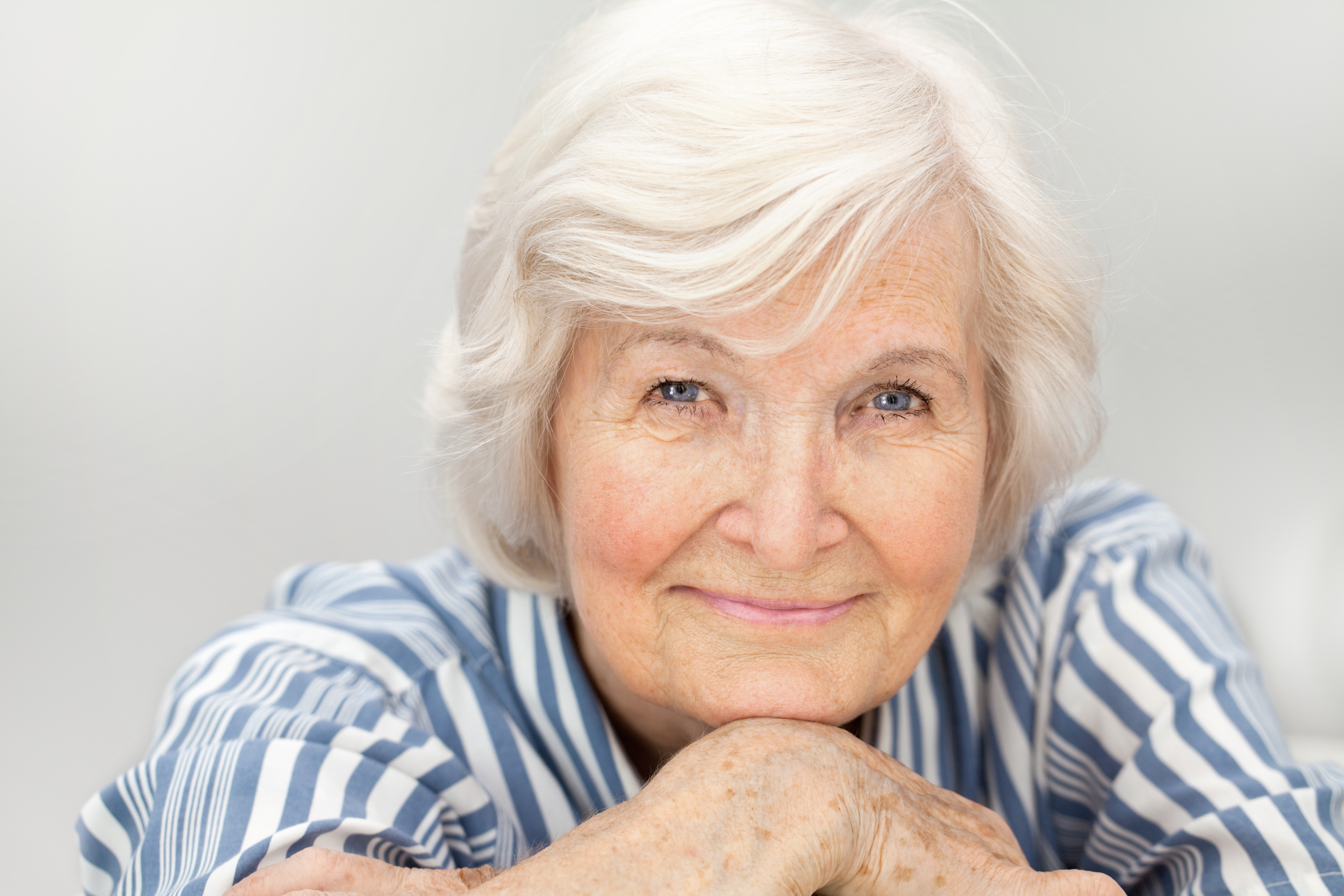 Best Strength Training Routines for Elderly: Top 5 Exercises