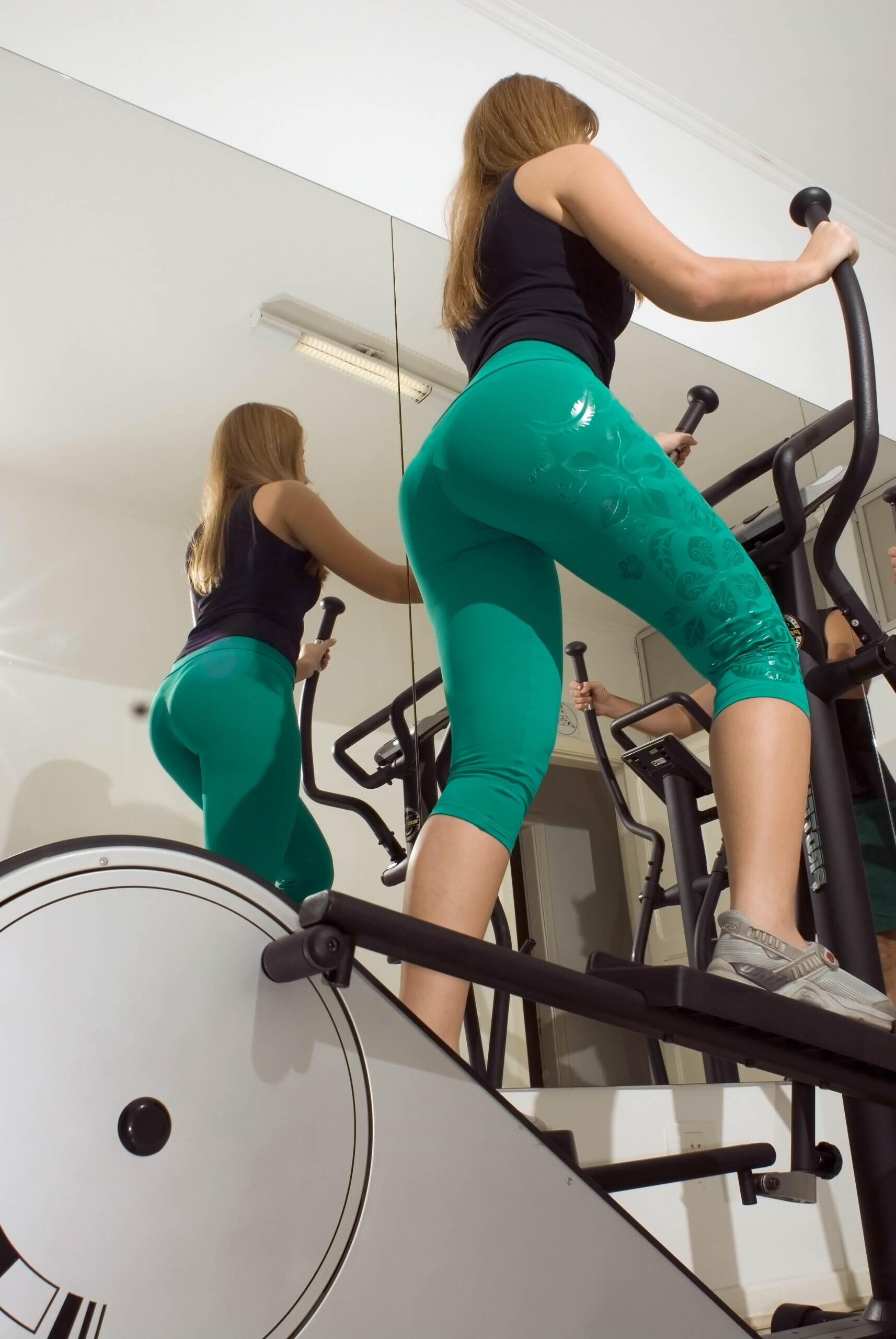 Pedal Backward on Elliptical Trainer for Knee Pain Treatment