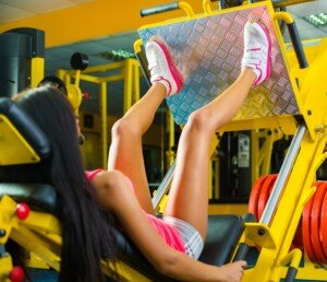 How Women Can Tone Muscles with the Leg Press Machine