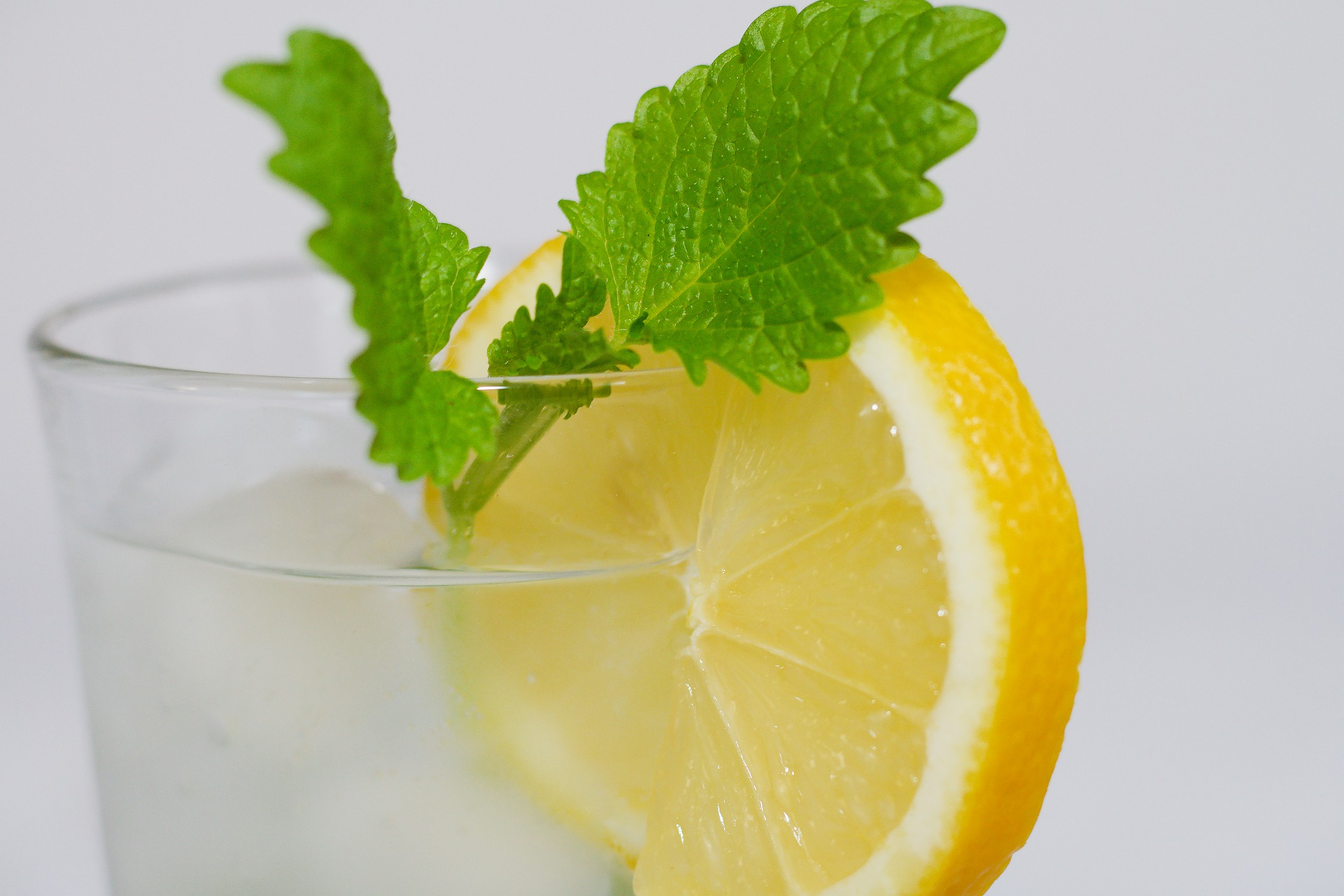 Negative Side Effects of Lemon Water: Hype or Truth?