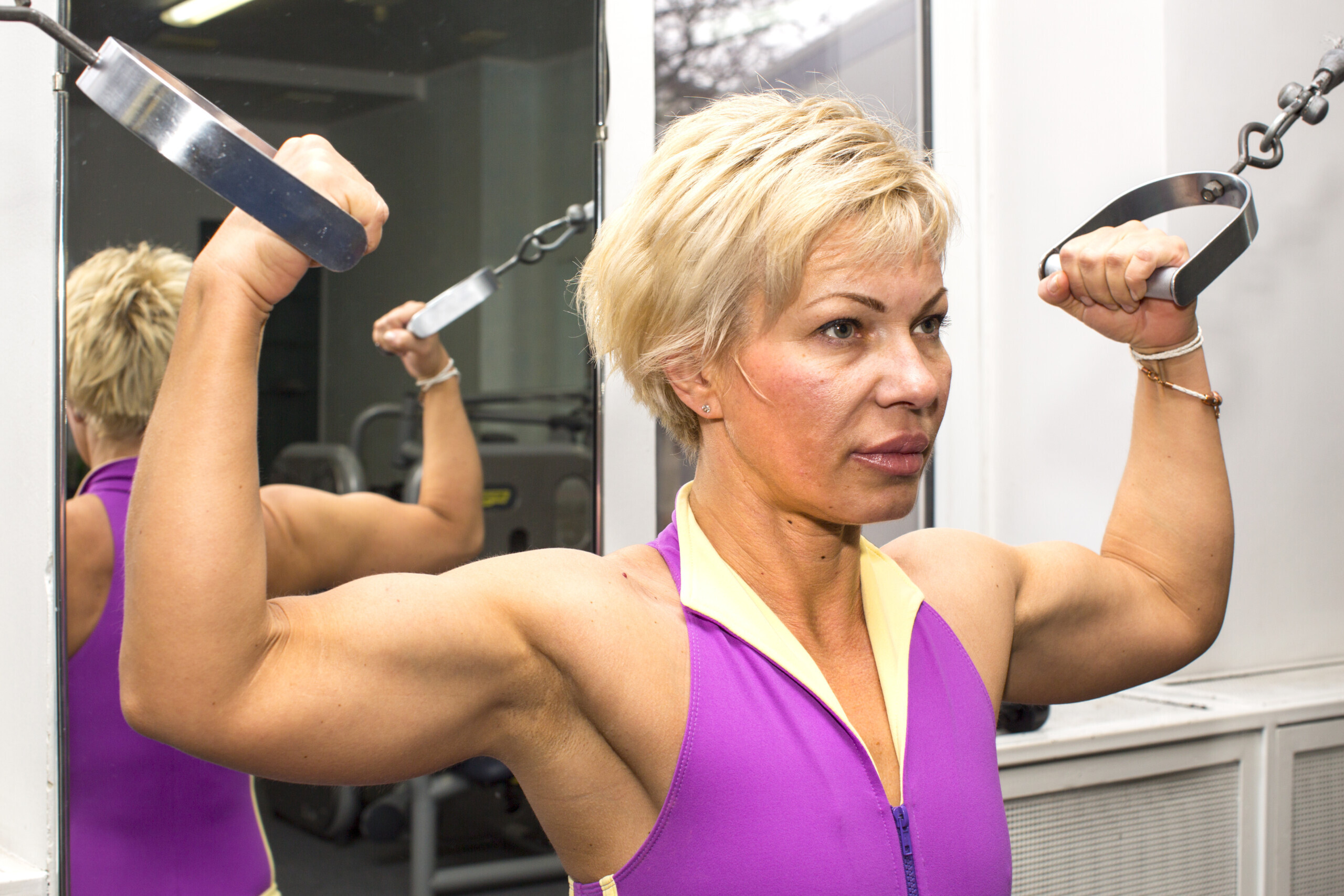 Menopausal Hot Flashes During Strength Training: Tips