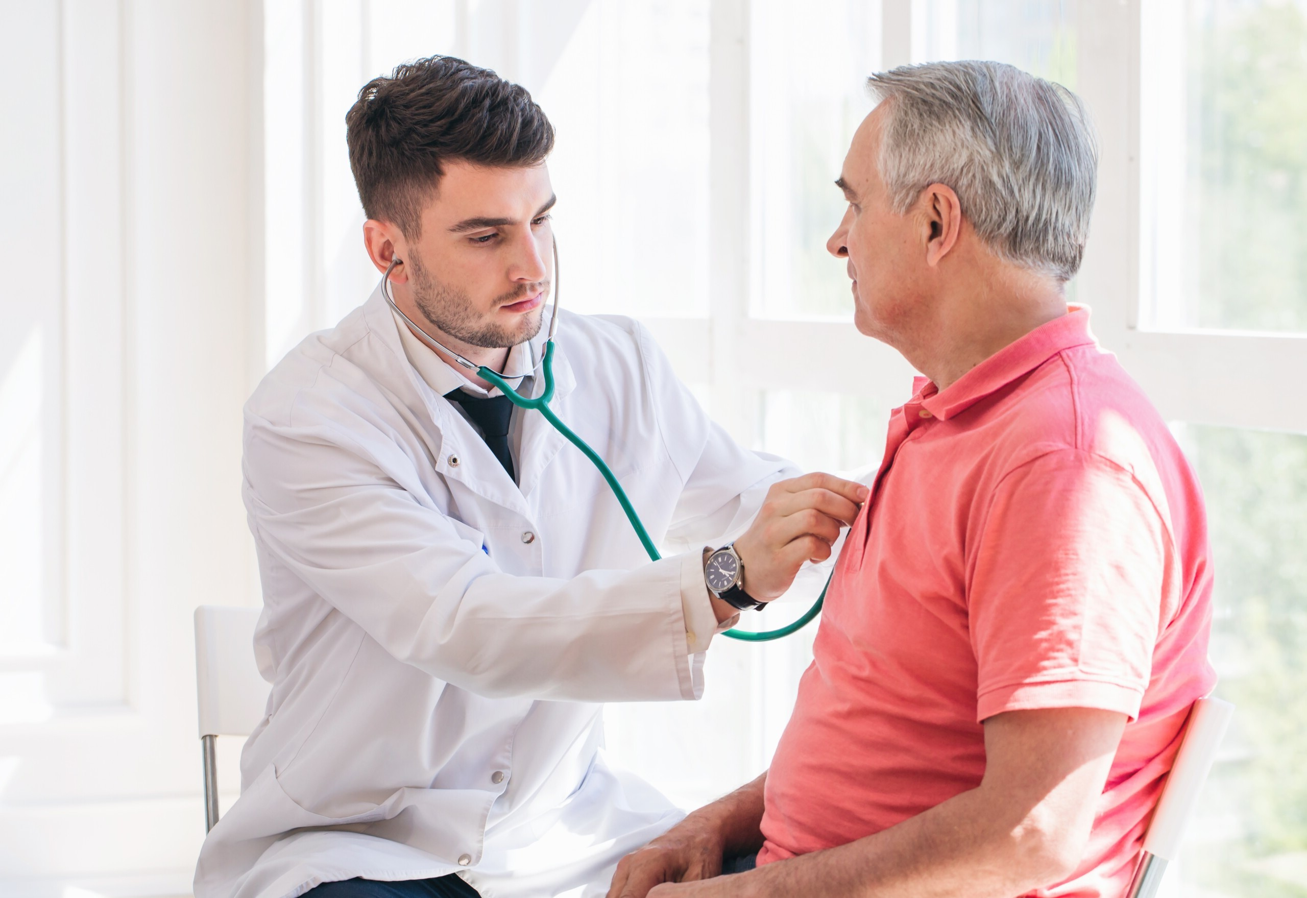 Are Heart Attacks with No Chest Pain Less Severe?