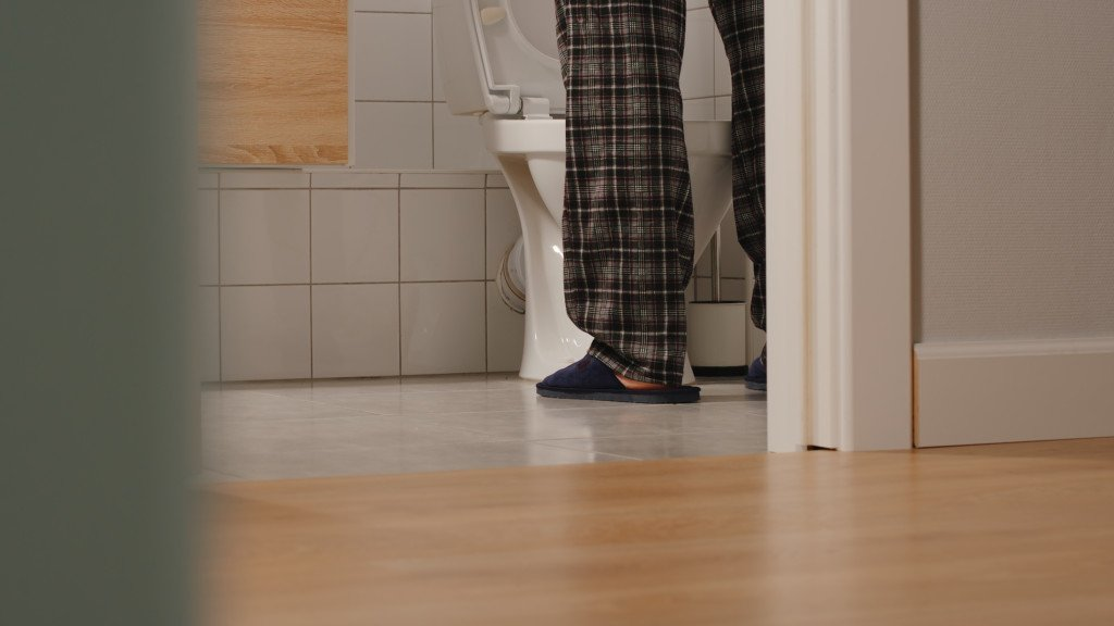 Frequent Urge to Urinate: Bladder Cancer Possible » Scary
