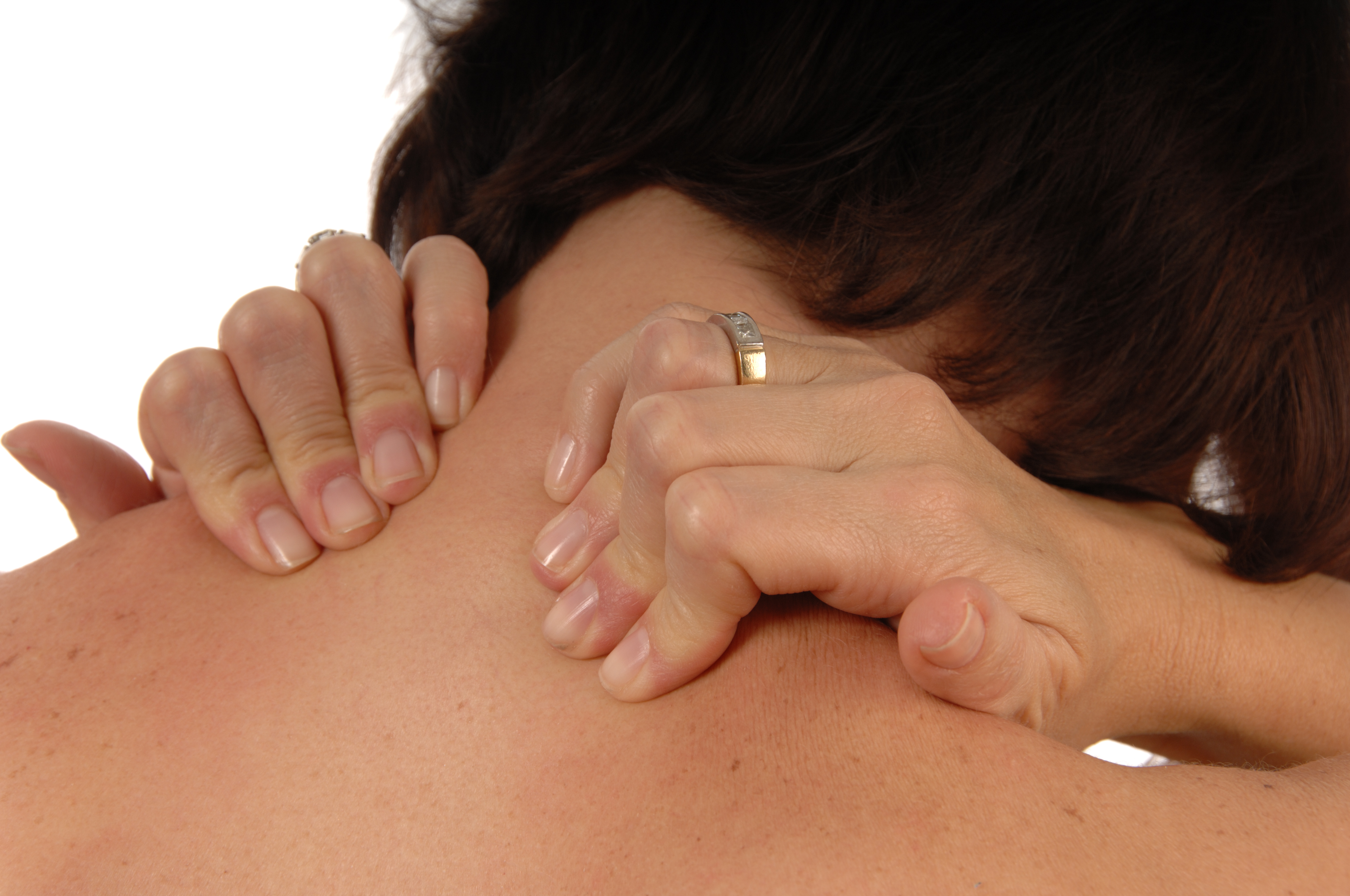 Why Does GERD Cause Pain Between the Shoulder Blades?