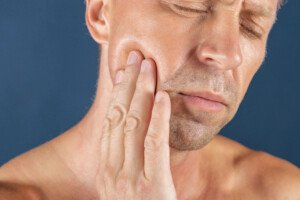 Chances that a Lump on the Jaw Is Swollen Muscle