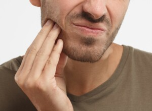 Causes of Jaw Pain Other than Heart Attack Include Cancer