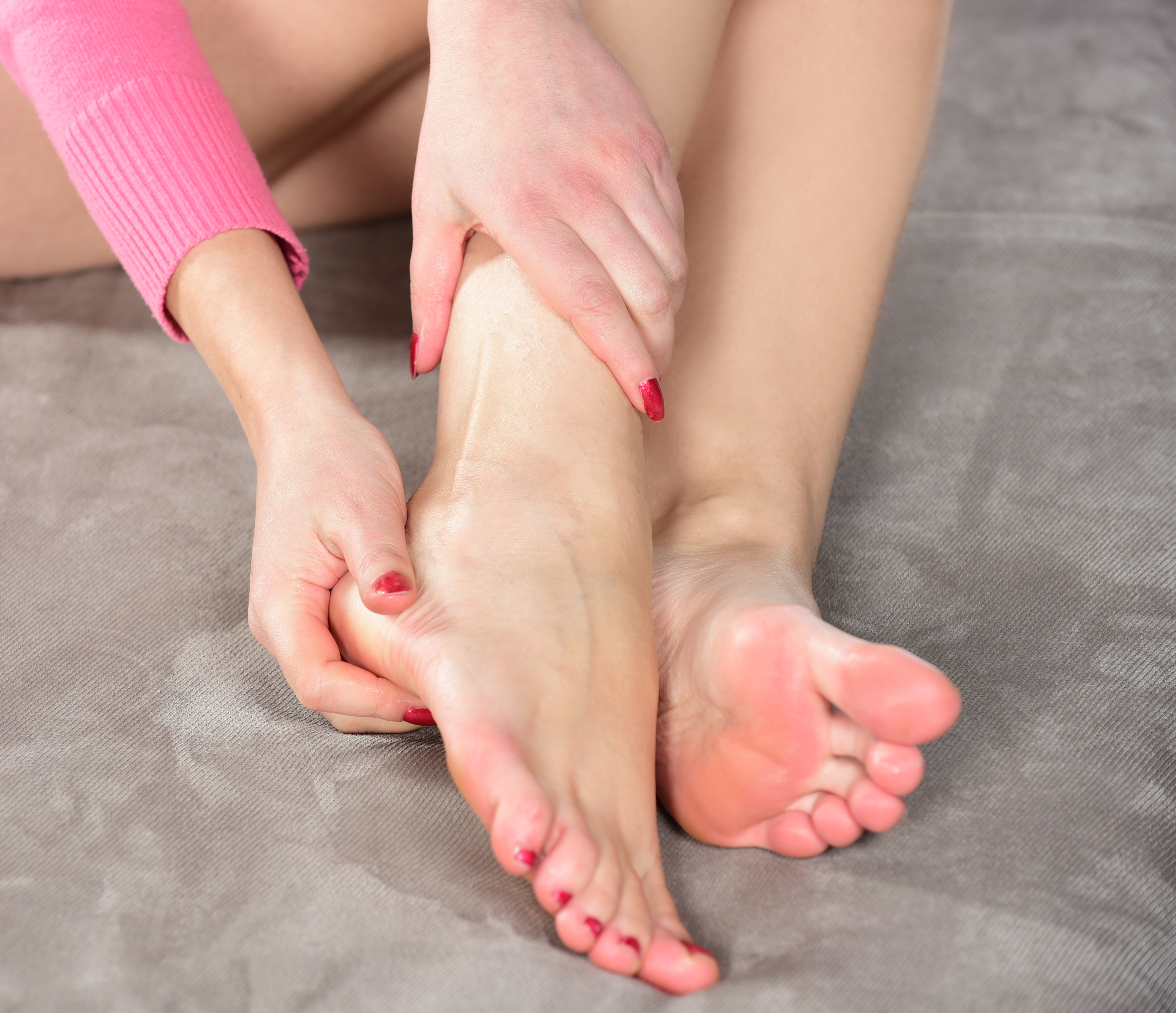 6 Causes of Pain on Outside of Foot