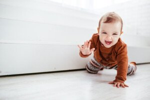 What Causes a Baby to Drag a Leg when Crawling?