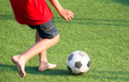 Is It Safe for Kids to Run Around in Bare Feet?