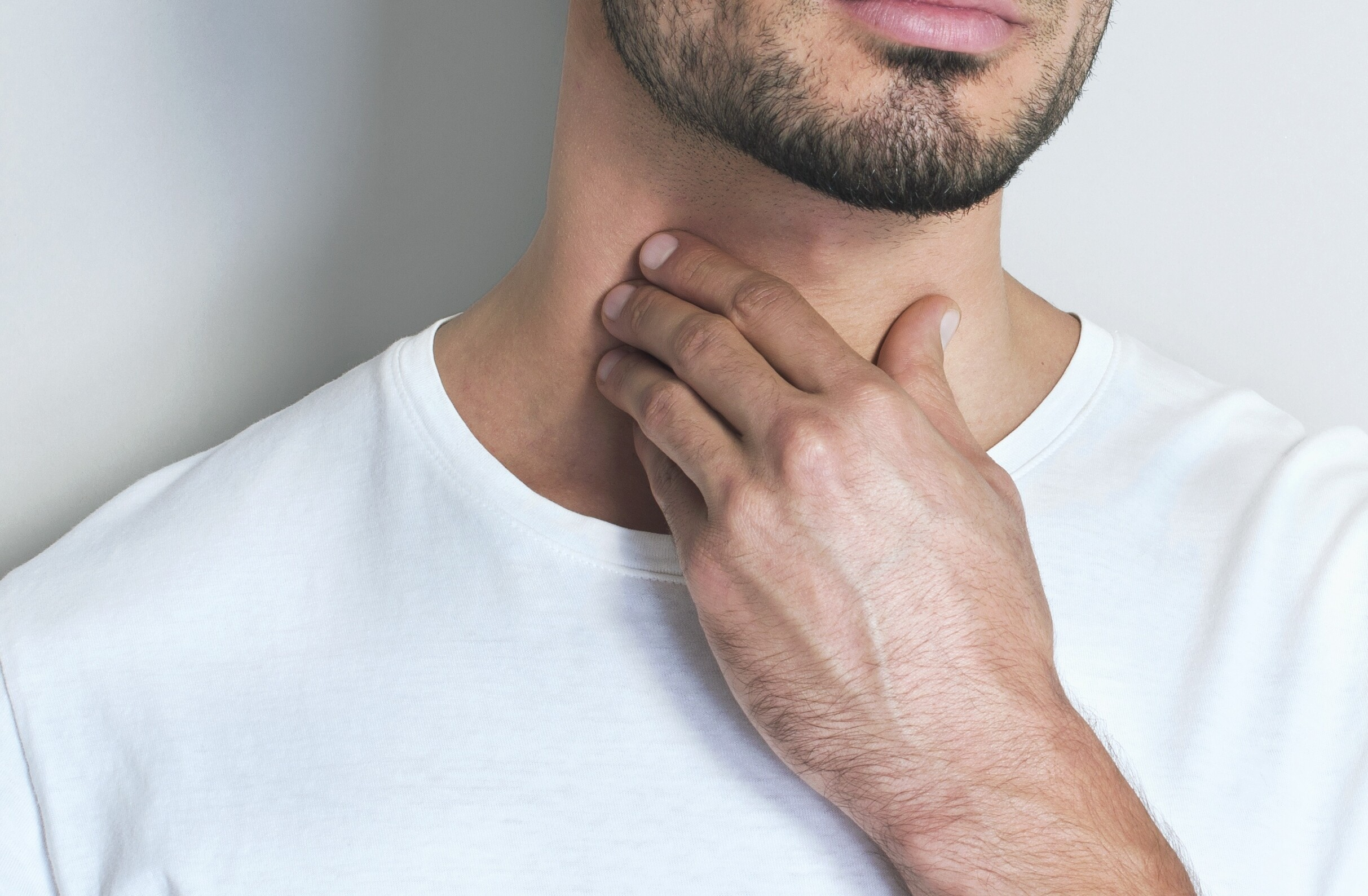 """Sudden """"Pimples"""" on Your Neck: Causes and Solutions"""