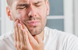 Sudden Intense Jaw Pain in the Middle of Night: Causes